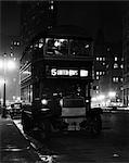 1930s RETRO DOUBLE DECKER BUS 5TH AVENUE FLATIRON BUILDING NIGHT