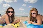 Girls, Duneland Beach, Indiana, Lake Michigan, USA
