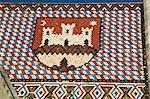 Coat of arms sur toit de tuiles vernissées, église de Saint-Marc, Zagreb, Croatie, Europe