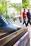 Chaussures en vitrine, Granville Street, Vancouver, Colombie-Britannique, Canada