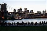 Le pont de Brooklyn et Manhattan au coucher du soleil, New York City