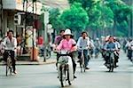 Vietnam, Saigon, la circulation dans le centre-ville