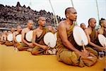 Indonésie, moines bouddhistes de la Java à Vesak cérémonie.