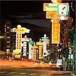 Thaïlande, Bangkok, Chinatown, scène de rue la nuit