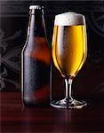Verre de bière de bouteille