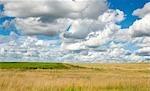 Vue des champs de ferme le long de la Hiighway N3
