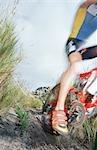 Jambes et le dos des roues de vélo de montagne. Province du Western Cape, Afrique du Sud