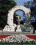Johann Strauss monument, Stadpark, Vienna, Austria, Europe