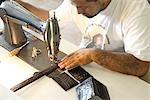 Homme cuir couture marchandises, Black Jack Boot Company de Maida, Houston, Texas, Etats-Unis
