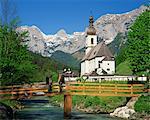 Ramsau village église et montagnes, Bavière, Allemagne, Europe
