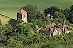 Église et le manoir, Little Malvern, vu de la crête principale du Malvern Hills, Worcestershire, Angleterre, Royaume-Uni, Europe
