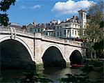 Bridge and River Thames, Richmond, Surrey, England, United Kingdom, Europe