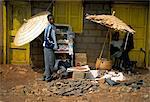 Street scene in village in southern Ethiopia, Ethiopia, Africa