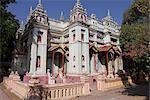 Thanboddhay Paya built between 1939 and 1952 by Moehnyin Sayadaw, said to contain over half a million Buddha images, Monywa, Sagaing Division, Myanmar (Burma), Asia