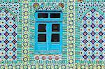 Carrelage bleu fenêtre ronde, sanctuaire de Hazrat Ali, qui a été assissinated en 661, Mazar-I-Sharif, province de Balkh, Afghanistan, Asie