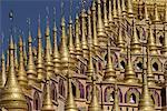 THANBODDHAY Paya construit au XXe siècle par Moehnyin Sayadaw, contiendrait plus de 500000 Bouddhas, Monywa, Myanmar (Birmanie), la Division de Sagaing, Asie