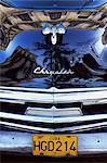 Détail des voitures Chrysler noire avec des reflets dans la peinture, la Havane, Cuba, Antilles, l'Amérique centrale