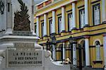 Monument aux Morts et Central Hotel, St. Denis, réunion, Afrique