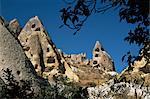 Formations rocheuses dans la vallée des pigeons, Göreme, Cappadoce, Anatolie, Turquie, Asie mineure, Eurasie