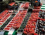 Summer fruit, market, Rue Mouffetard, Paris, France, Europe