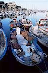Bateaux dans le port, Arenys de Mar, Costa Brava, Catalogne, Espagne, Europe