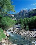 Torla, the River Ara and Mondarruego, Huesca, Pyrenees, Aragon, Spain, Europe