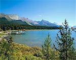 Lac Maligne, Parc National Jasper, montagnes Rocheuses, Alberta, Canada