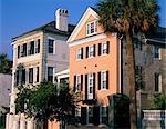 Maisons de ville au début du XIXe siècle, le centre historique, à Charleston, en Caroline du Sud, États-Unis d'Amérique, l'Amérique du Nord