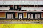 Cellules des moines dans le temple de Jokhang à Lhassa, Tibet, Chine, Asie