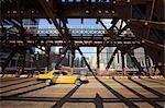 Taxi traversant Wells Street Bridge, Chicago, Illinois, États-Unis d'Amérique, l'Amérique du Nord