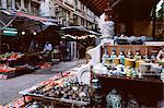Street stalls, Upper Lascar Row, Hong Kong Island, Hong Kong, China, Asia
