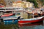 Bateaux au port, Marina Grande, Capri, Sorrento, péninsule de Sorrente, Province de Naples, Campanie, Italie