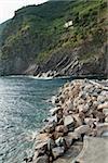 Pierres sur une rivière, Riviera italienne, Parc National des Cinque Terre, Vernazza, La Spezia, Ligurie, Italie