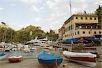 Bateaux dans un port, Riviera italienne, Portofino, Gênes, Ligurie, Italie
