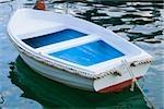 Stationne dans la mer, la Riviera italienne, Portofino, Gênes, Ligurie, Italie