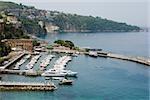 Bateaux à quai dans un port, Marina Grande, Capri, Sorrento, péninsule de Sorrente, Province de Naples, Campanie, Italie
