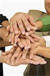 Nahaufnahme von Führungskräften der Hände Stapeln