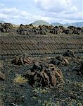 Piles de tourbe, Connemara, comté de Galway, Connacht, République d'Irlande (Eire), Europe