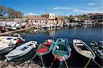 Skala Polichnitos bateaux et port, Lesbos, Grèce, Europe