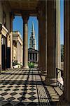 Saint-Martin dans les champs, à partir de la National Gallery, Trafalgar Square, Londres, Royaume-Uni, Europe