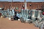 Ferblantiers marché, Lilongue, Malawi, Afrique