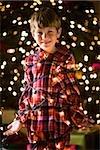 Junge an Weihnachten