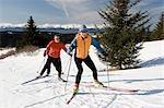 Groupe de skieurs nordiques au Baycrest ski pistes Homer Alaska péninsule de Kenai