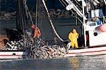 Commercial senneur en w/Cu du saumon argenté Port Valdez détroit du Prince William en Alaska automne