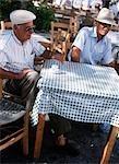 Vieillards grecs au café, Grèce
