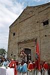 Plein air messe catholique, Marches, Italie.
