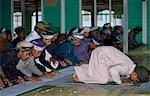 Étudiants au cours de la classe, l'école islamique, Pahang, Malaisie