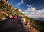 En parcourant au crépuscule, Kommitjie, péninsule du Cap, Afrique du Sud