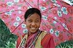 Portrait de la fille de hilltribe Lisu, Chiang Rai, Thaïlande