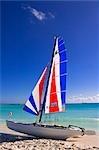 Voilier sur la plage, Playa Serena, Cayo Largo, Cuba